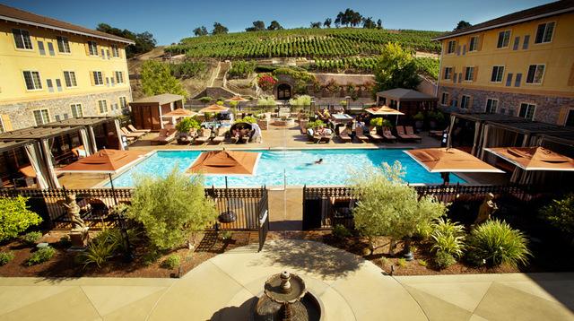 Meritage-Pool-and-Vineyards.jpg