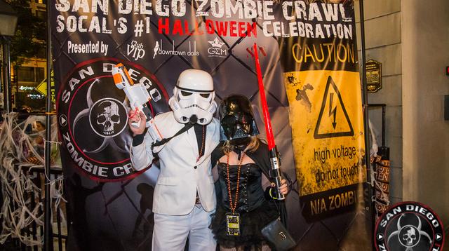 2017 Zombie Crawl2-4.jpg