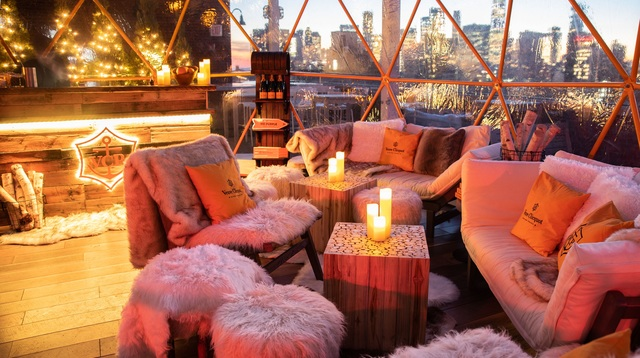 Clicquot Chalet_Seating.jpg