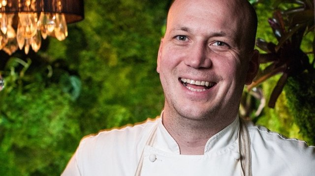 Chef Justin Carlisle.jpg