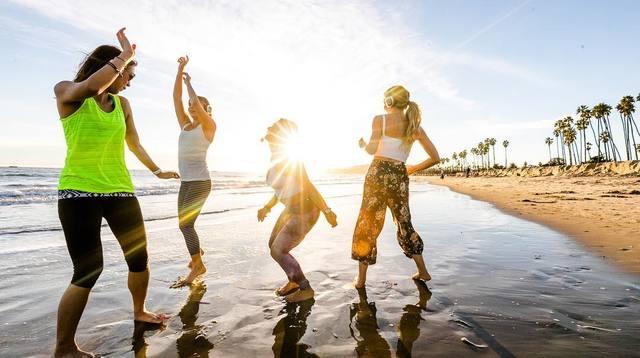 Beach ladies.jpg