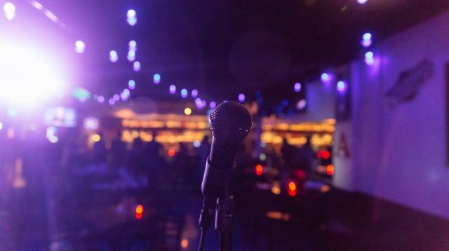 10.13.18 Goodbar - Comedy Night-23 (640x427).jpg
