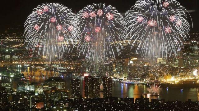 fireworks.detail.jpg