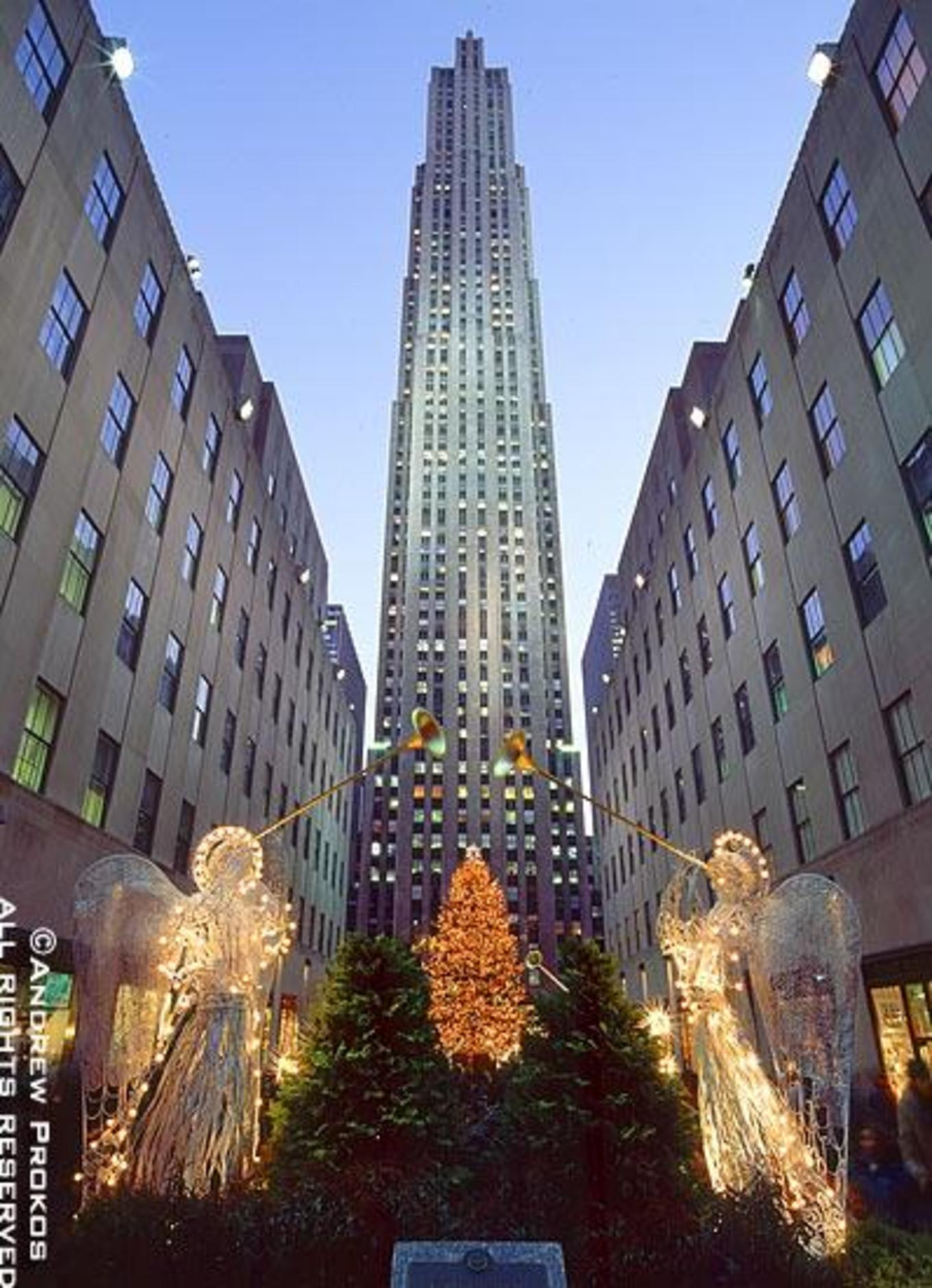 Rockefeller Center - Private Group Tour & See the Christmas Tree ...
