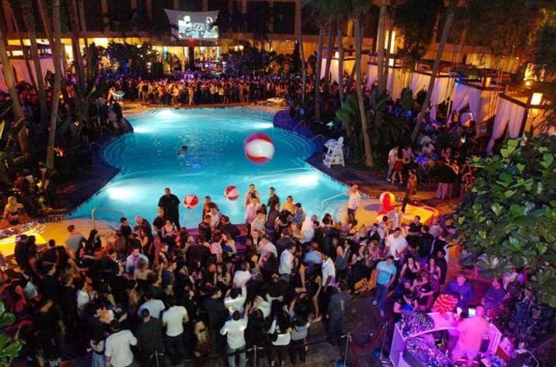 Casino Pool Party